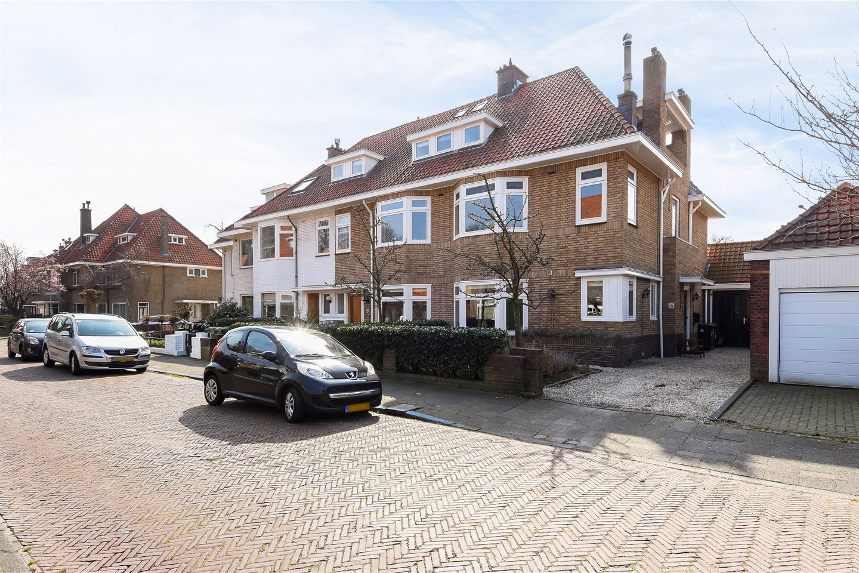 View photo 1 of Den Burghstraat 4