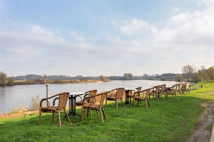 Bokhovense Maasdijk 12