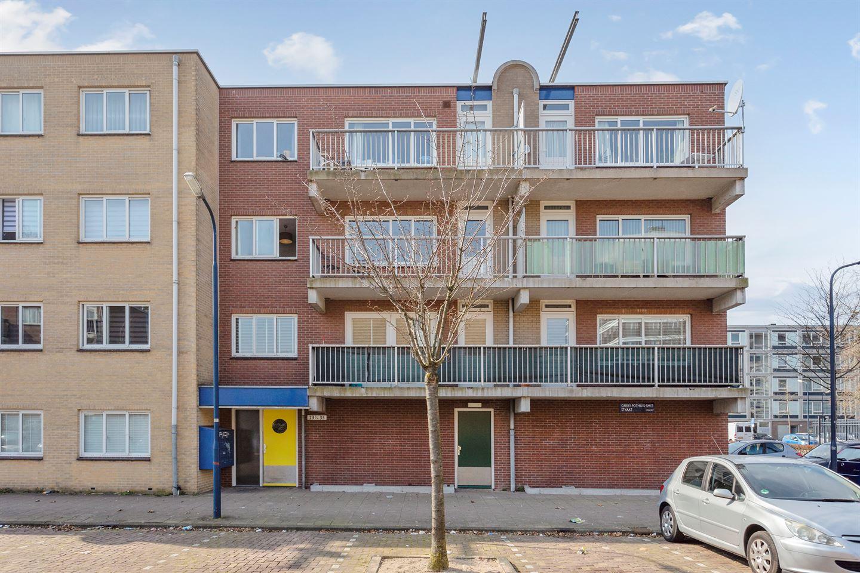 Bekijk foto 1 van Carry Pothuis-Smitstraat 28
