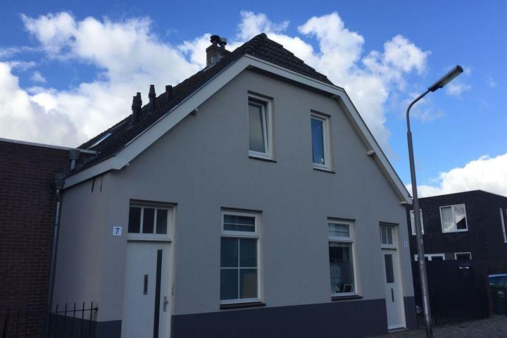 Maasstraat 7 4
