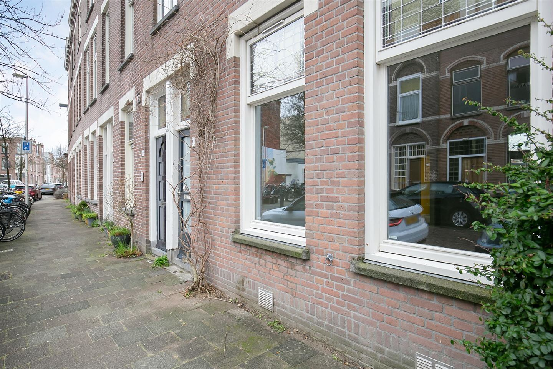 Bekijk foto 2 van Douwes Dekkerstraat 9