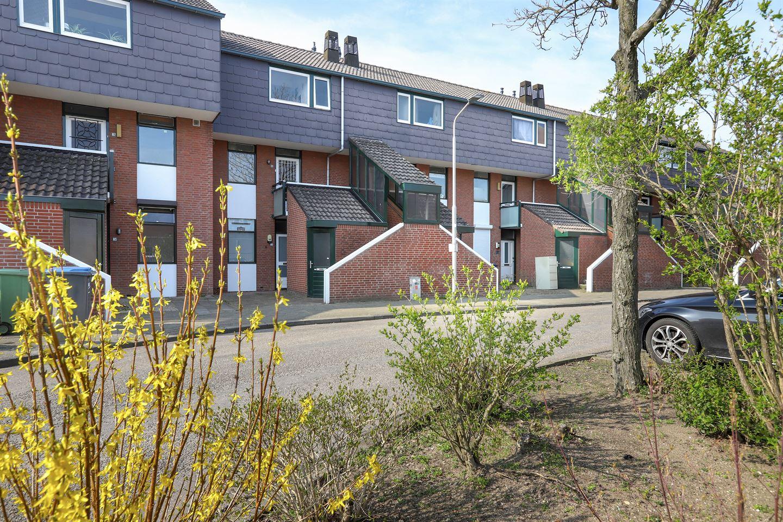 View photo 2 of Zwaluwstraat 171