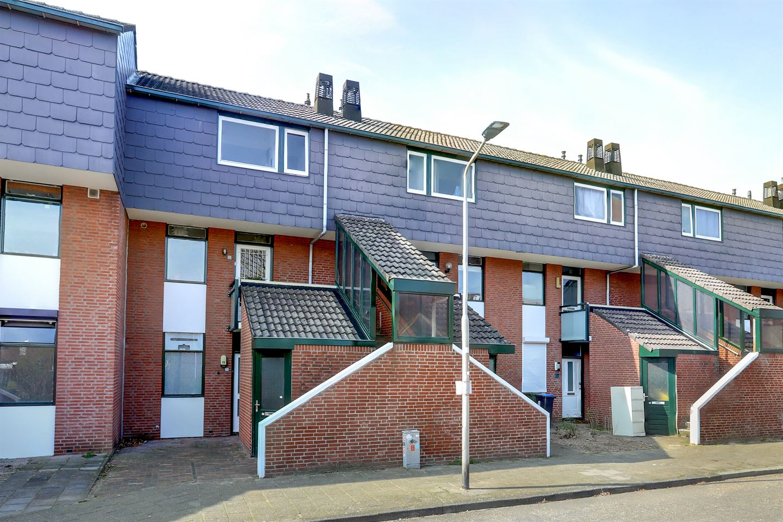 View photo 3 of Zwaluwstraat 171