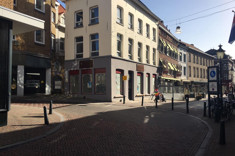 Bekijk foto 1 van Marktstraat 3