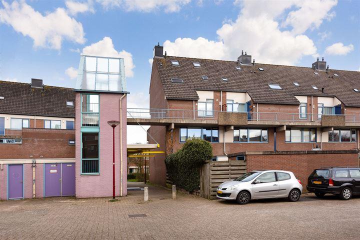Zwaardenburg 135