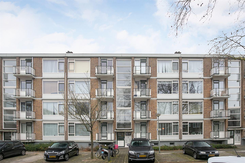 Bekijk foto 1 van Newtonplein 63