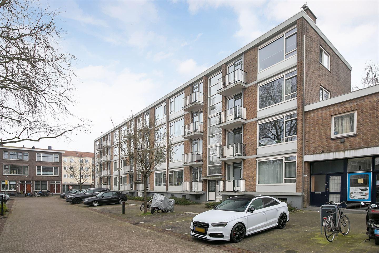 Bekijk foto 3 van Newtonplein 63