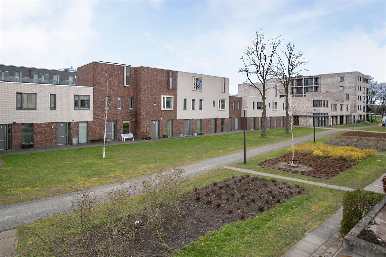 View photo 3 of Lortzinghof 53