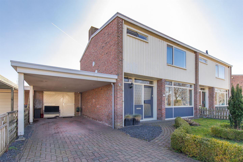 View photo 1 of Vijverstraat 15