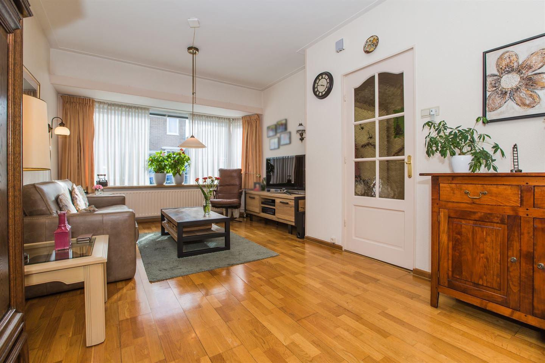 Bekijk foto 3 van Van Lippe Biesterfeldstraat 1