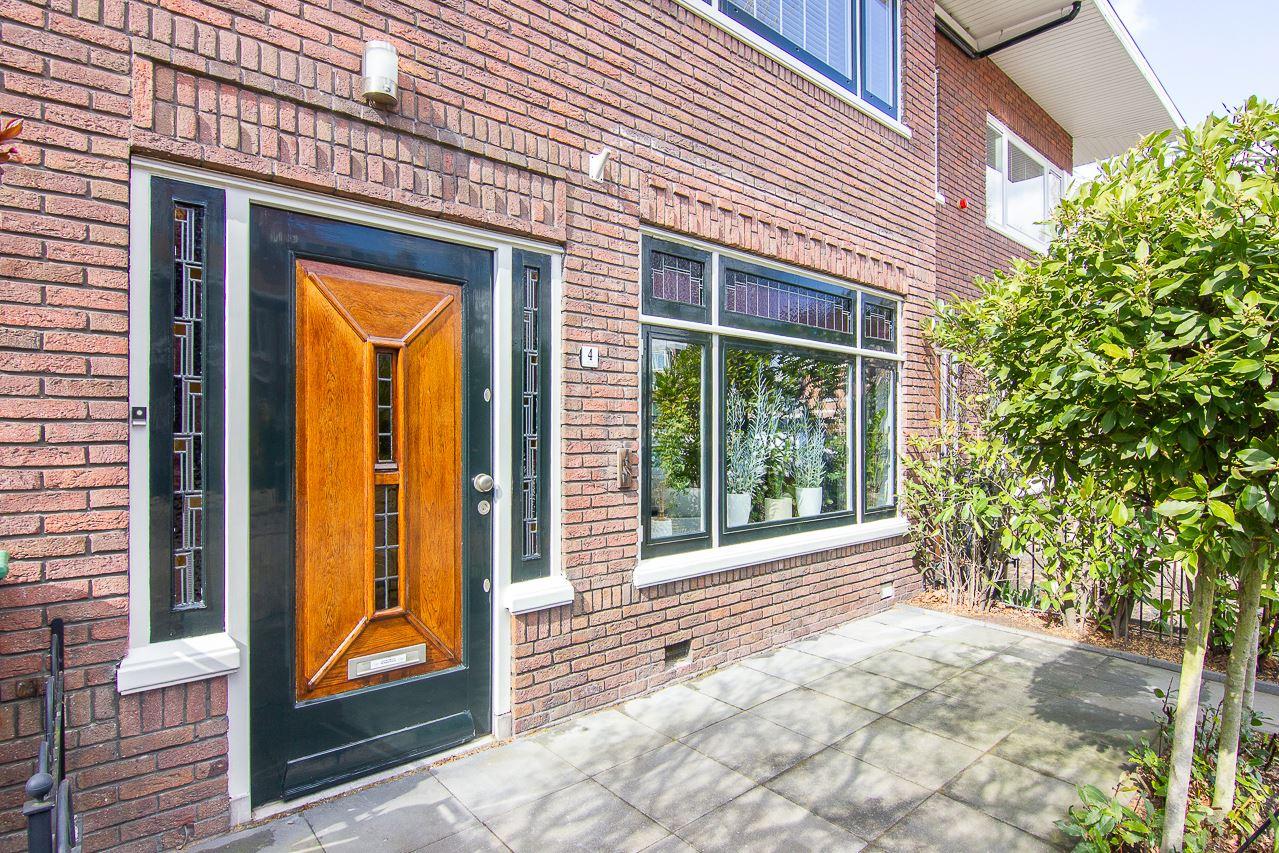 Bekijk foto 2 van H.J. Koenenstraat 4