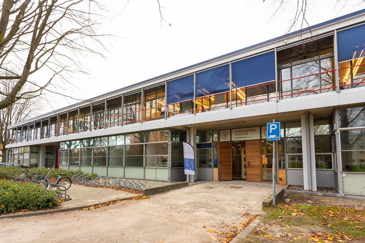Bekijk foto 1 van Horsten 1