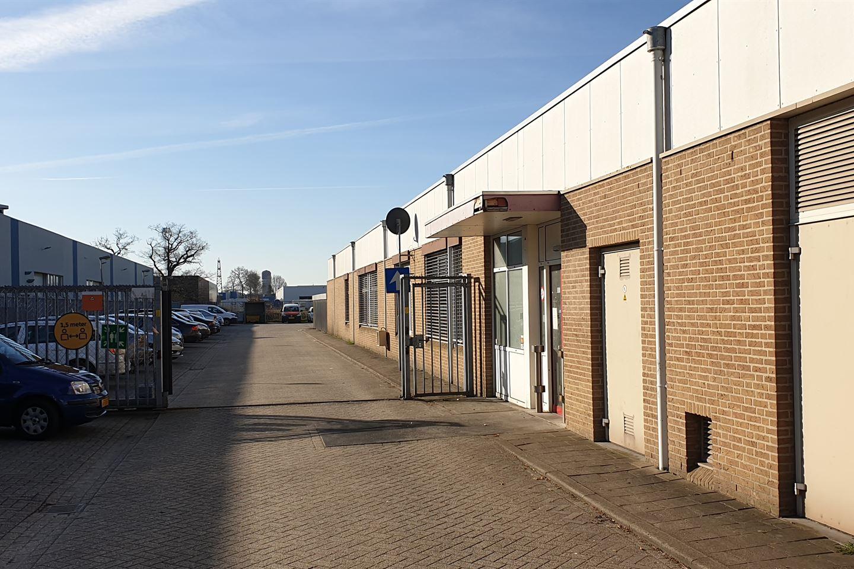 Bekijk foto 3 van Voltastraat 24