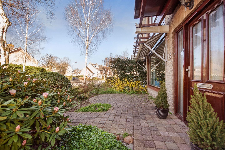 View photo 1 of Graaf Lodewijklaan 13