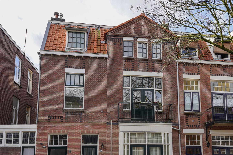 View photo 2 of Jan van Goyenstraat 12