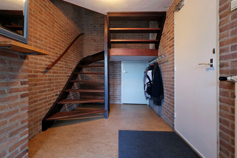 Bekijk foto 3 van J. van de Veldelaan 122