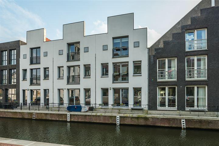 Dr. R. van Lutterveltstraat 14