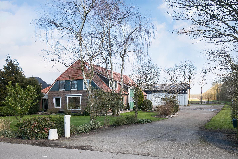 Bekijk foto 1 van Lemsterweg 16