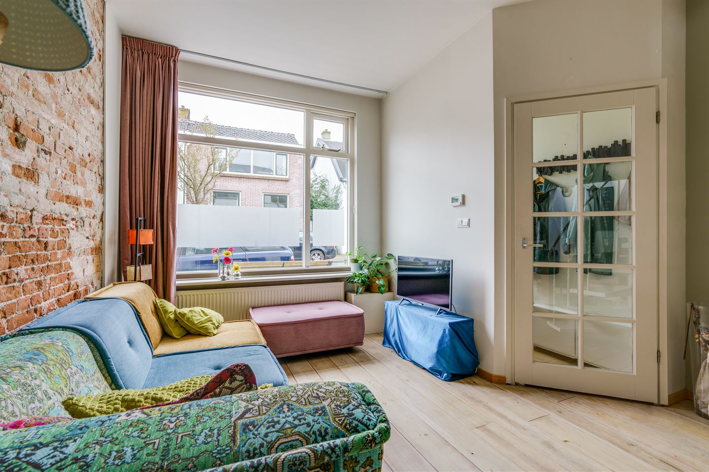 Bekijk foto 4 van Van der Mondestraat 24