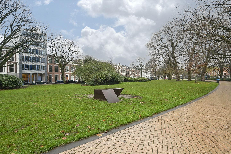 Bekijk foto 2 van Huijgensstraat 13 a