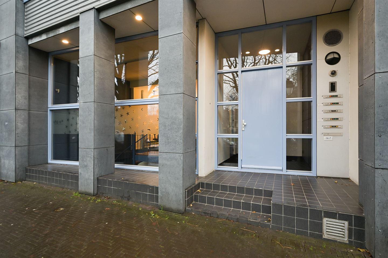 Bekijk foto 4 van Huijgensstraat 13 a
