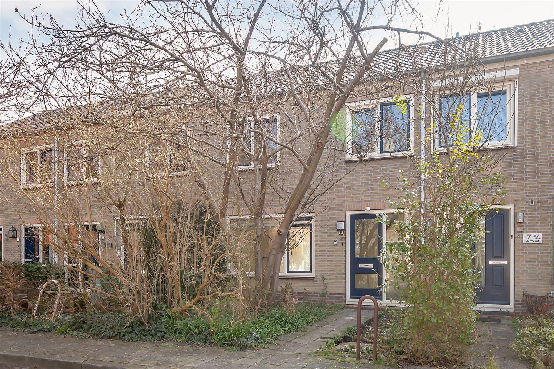 Bekijk foto 1 van Von Liebigstraat 5