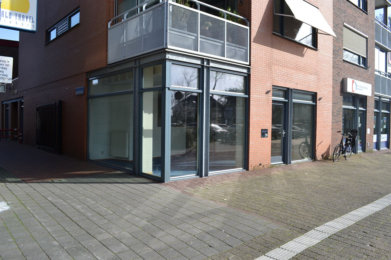 Bekijk foto 2 van van Echtenstraat 31
