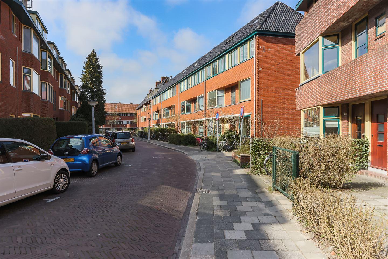 Bekijk foto 2 van Ceramstraat 15