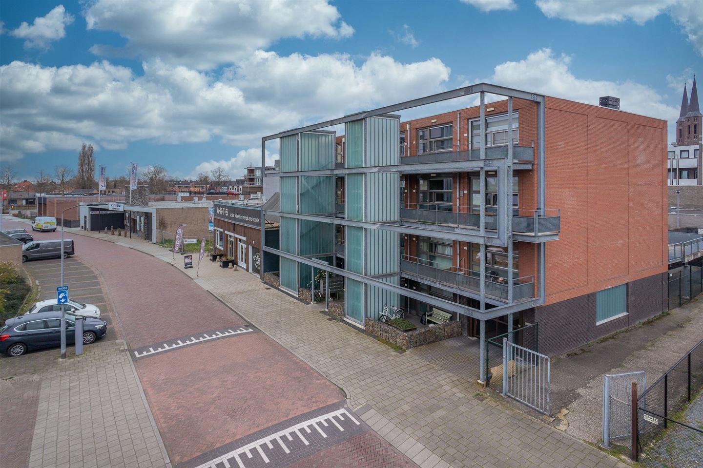Bekijk foto 2 van Oranjestraat 14 G