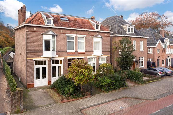 Mr. van Coothstraat 24