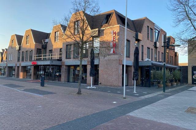 Spoorstraat 38