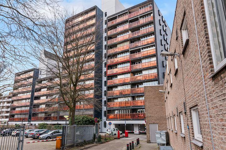 Burg. Hustinxstraat 226