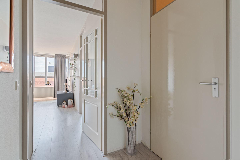 Bekijk foto 2 van Burg. Hustinxstraat 226