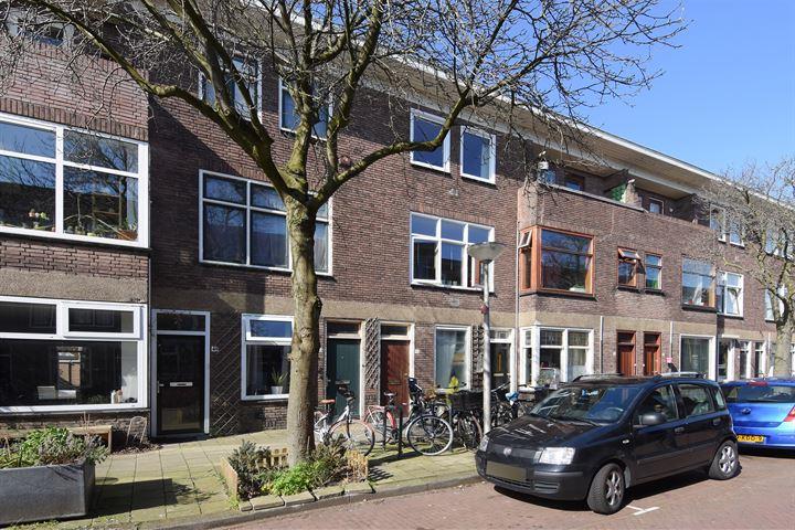 Isaäk Hoornbeekstraat 42