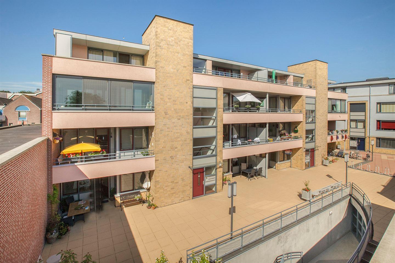 Bekijk foto 1 van Rijnhof 39