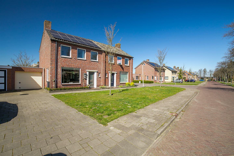 Bekijk foto 1 van Lenaertsstraat 23