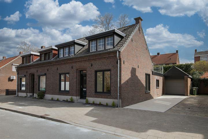 Maasstraat 25
