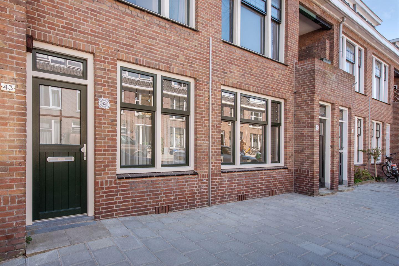 Bekijk foto 2 van C. Fockstraat 45