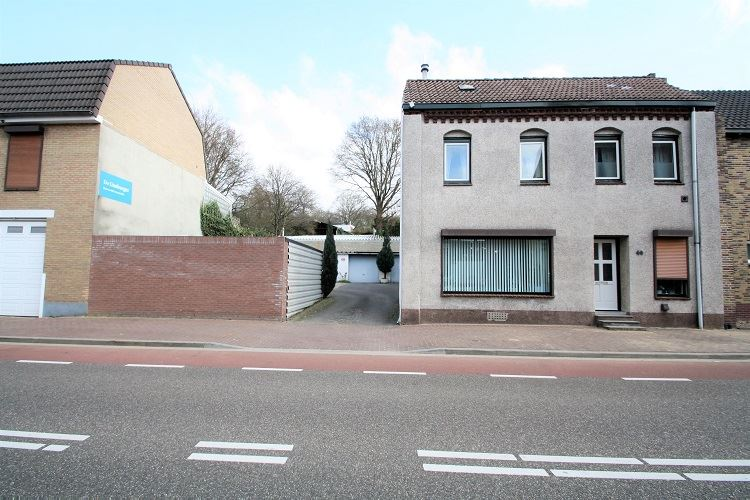 Bekijk foto 1 van Hoofdstraat 40