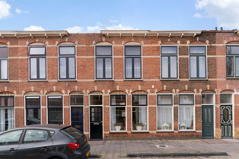 View photo 1 of Julianastraat 69