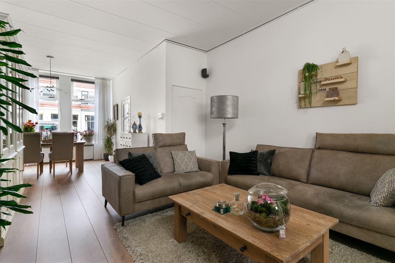 View photo 2 of Julianastraat 69