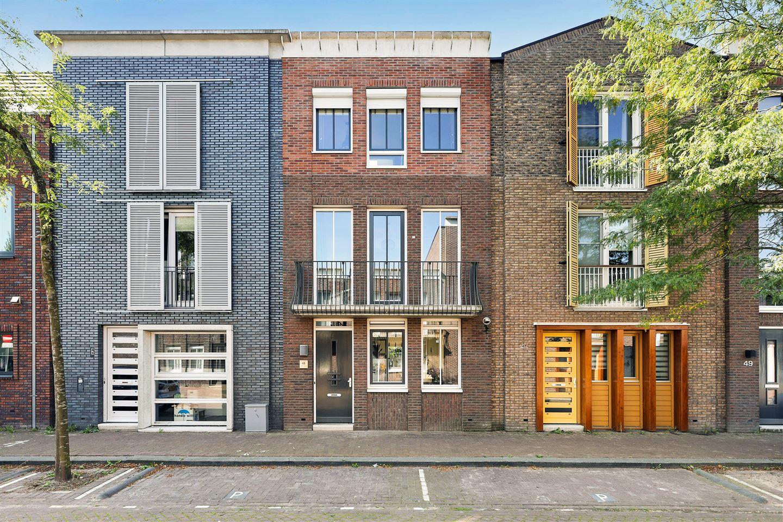Bekijk foto 1 van Scharwoudestraat 45