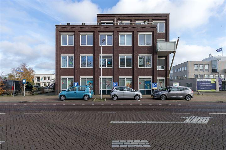 Hendrick Rietschoofplein 2, Zaandam