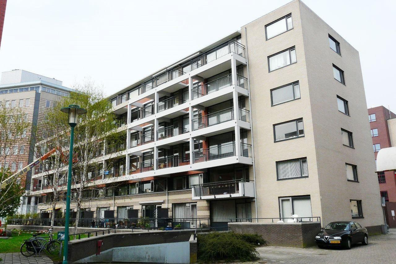 Bekijk foto 1 van Parmentierweg 77