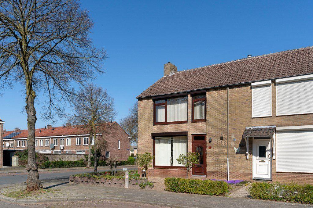 Bekijk foto 2 van Wilgenstraat 46