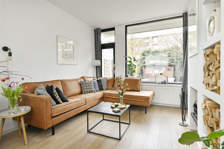 Bekijk foto 2 van Johannes Meewisstraat 31
