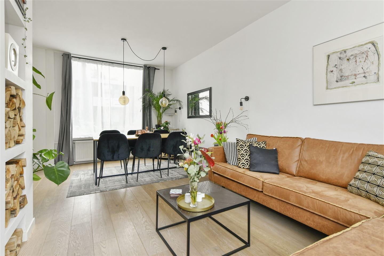 Bekijk foto 4 van Johannes Meewisstraat 31