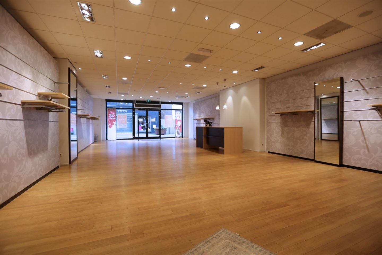 View photo 3 of Kerkbuurt 95