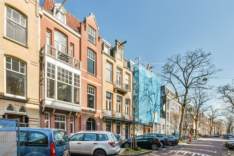 Bekijk foto 1 van Van Breestraat 156