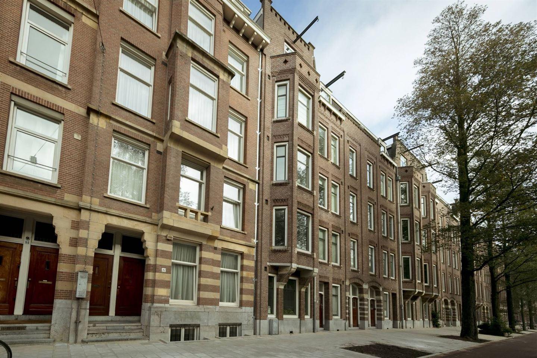 View photo 2 of De Lairessestraat 82 C